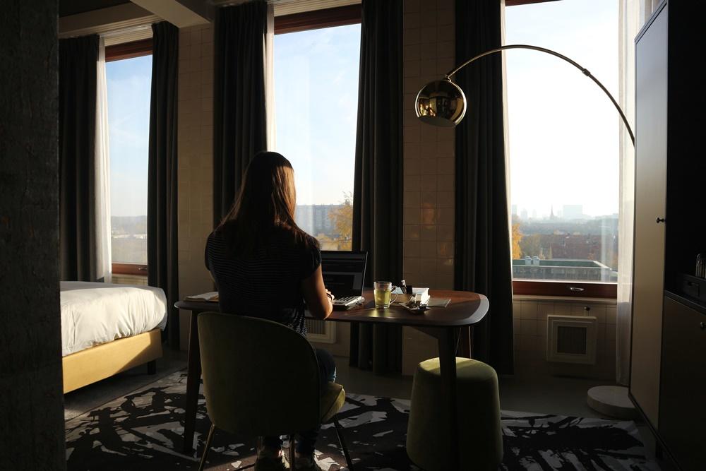 Thuiswerken in een hotel